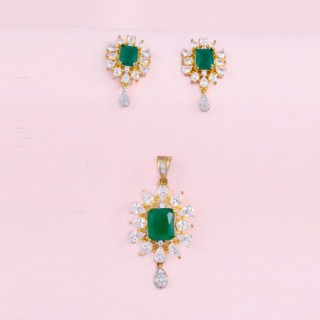 Designer Green Pendant  Set With Earrings