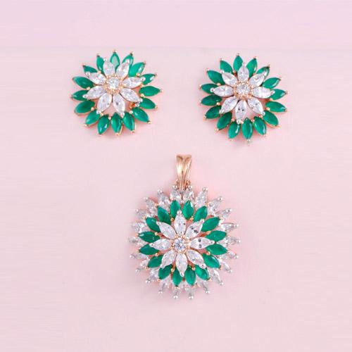 Designer Pendant Set With Earrings
