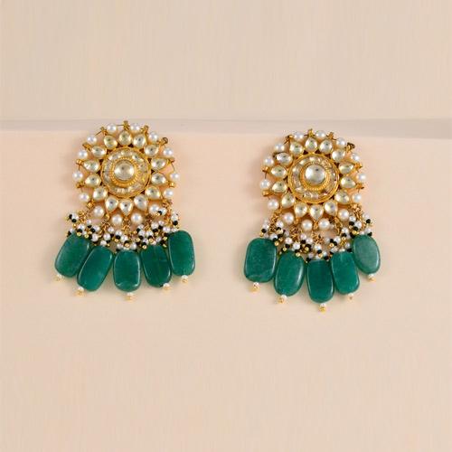 Traditional Emerald Earrings